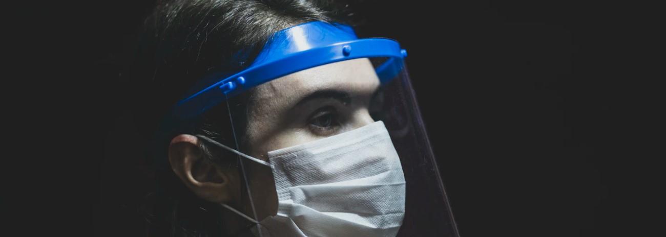 Przyłbica- jednym z szeroko zakrojonych środków profilaktyki przeciwkoronusowej